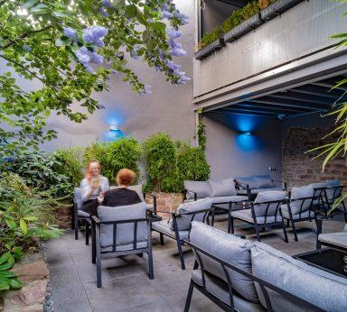 Außenbereich Blumenstraße 17 76133 Karlsruhe, Bar, Weinbar, Vinothek